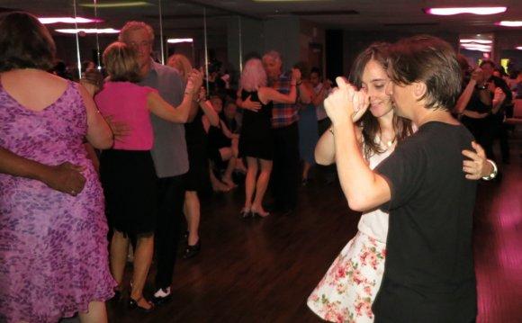 Argentine-tango-milonga-dallas
