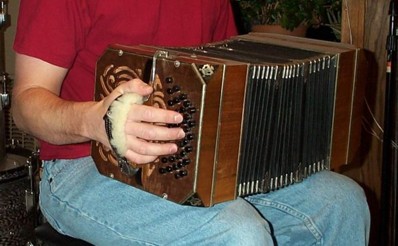 Alfred Arnold bandoneon, c
